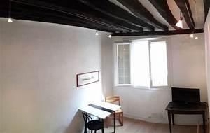 poutres apparentes peindre poutres apparentes avec blanc With peindre un plafond avec des poutres 0 10 deco chambres avec poutres apparentes very charmantes