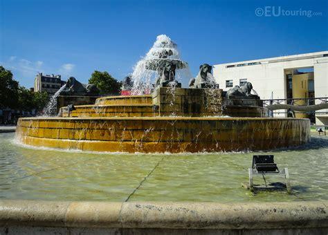 la fontaine aux cuisines fontaine aux lions de nubie within parc de la villette