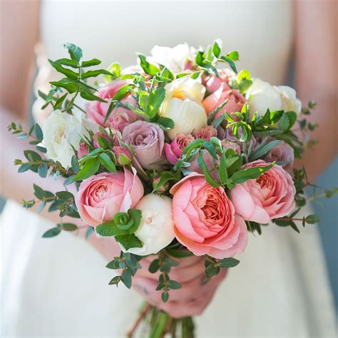 luxury flowers  delivery  real flower company