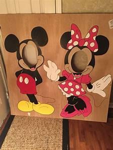 Mickey Mouse Geburtstag : mickey and minnie face in hole handmade laneyturns1 minniemouseparty kindergeburtstag ~ Orissabook.com Haus und Dekorationen