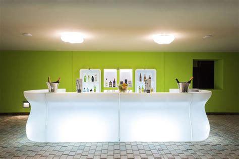 Banconi Bar Illuminati Bancone Bartolomeo V1 Led Rgb Plust Designperte It