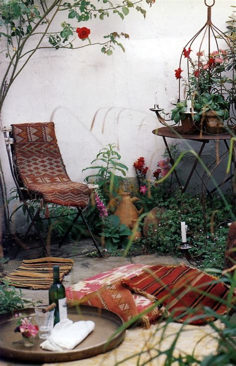 charming morocco style patio designs digsdigs