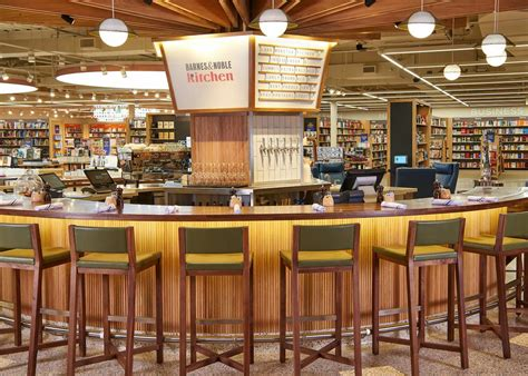 Barns And Novles by Look The New Barnes Noble Mpls St Paul Magazine