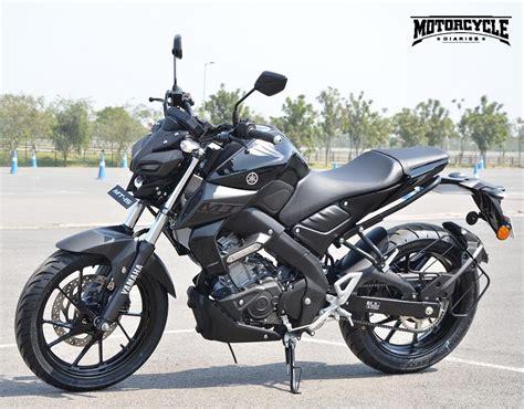 Review Yamaha Mt 15 by Yamaha Mt 15 Custom Paint Looks Tempting Motorcyclediaries