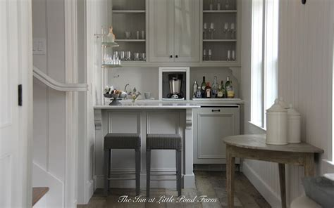 Kitchenette Ideas   Cottage   kitchen   Inn at Little Pond