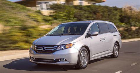 best economical family minivan 2016