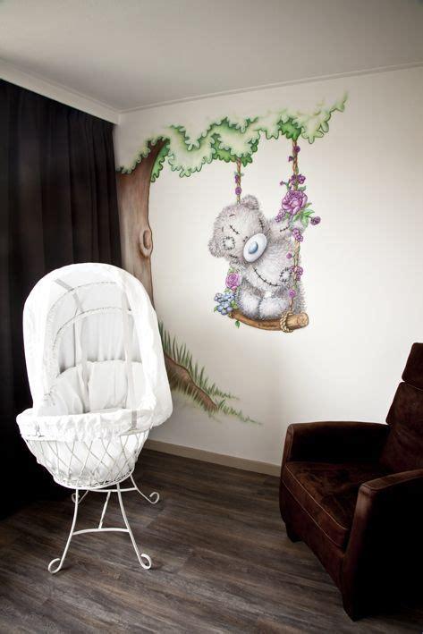 muurschildering babykamer airbrush babykamer muurschildering van me to you beertje met boom