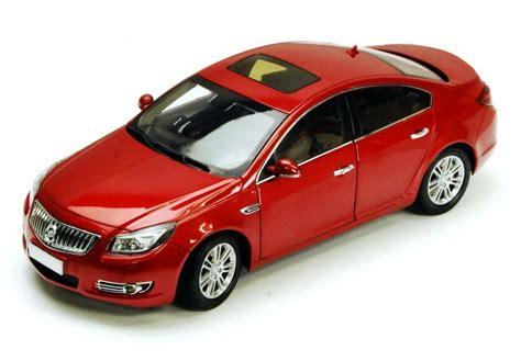 2011 Buick Regal Red Csm Csm1060 1/18 Scale Diecast Model