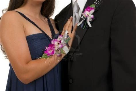 boutineer flowers corsages and boutonnieres for prom f f info 2017