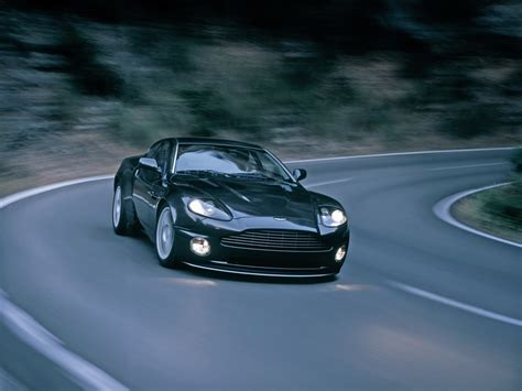 2005 Aston Martin Vanquish S  Front Angle Speed