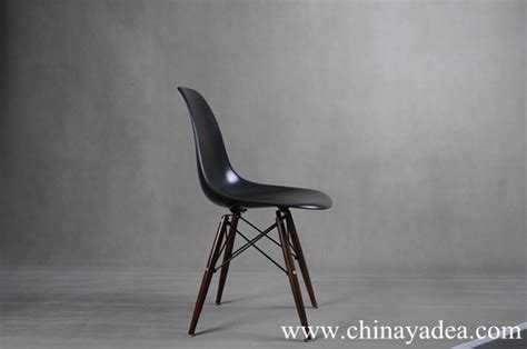eames molded plywood dining chair where to buy the reproduction eames molded plastic dowel
