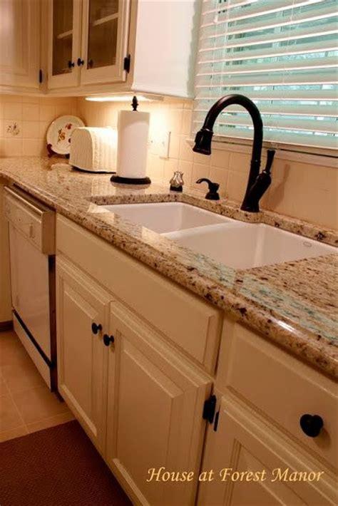 Porcelain coated Cast Iron Undermount Sink (SW Dover White