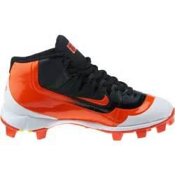 Nike Boys' Huarache 2KFilth Keystone Mid Baseball Cleats ... (Black/Game Orange/White, Size 1) - Youth Baseball Shoes at Academy Sports