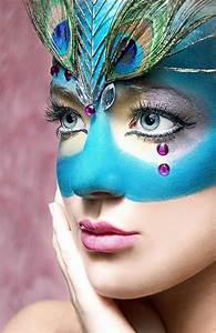 Karneval Gesicht Schminken : fasching schminken pfau lifestyle trends fasching pinterest fasching schminken pfau und ~ Frokenaadalensverden.com Haus und Dekorationen