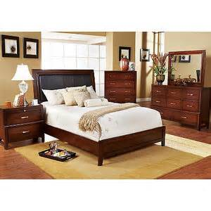 caulfield 5 pc queen bedroom rooms to go bedroom sets