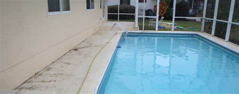 Cleaning Pool Deck With by Before Cleaning Pool Deck Baker S Painting