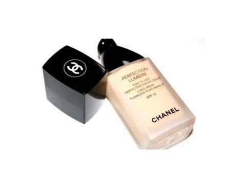 Merk Foundation Yang Bagus Untuk Makeup Tahan Lama