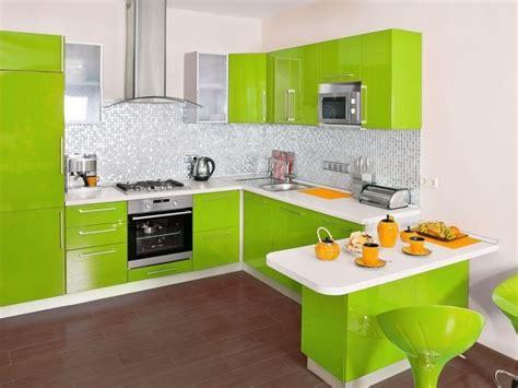 Minimalistische Einrichtung Des Kinderzimmersminimalist Modern Style White Yellow Bedroom Ideas by Die K 252 Che In Gr 252 N Gestalten Das Fr 246 Hliche Gr 252 N