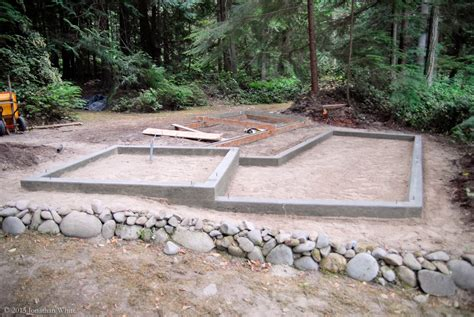 1 Ton Of Gravel Equals How Many Yards by Chicken Coop Project Part 2 The Bench