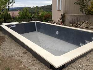 construction piscine beton semi enterree par aquarev With construction piscine hors sol en beton 0 20 photos de piscine en beton