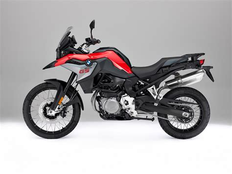 Review Bmw F 850 Gs by Bmw F 850 Gs Press Left Side