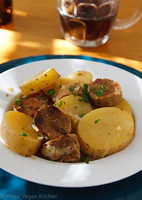 irlande cuisine dublin coddle with vegan sausages