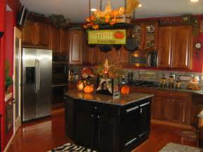 ideas for above kitchen cabinets decorating above kitchen cabinets ideas afreakatheart
