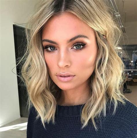 23 cute shoulder length haircuts for wavy hair beauty
