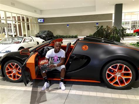 Floyd Mayweather Purchases New Bugatti, Announces The