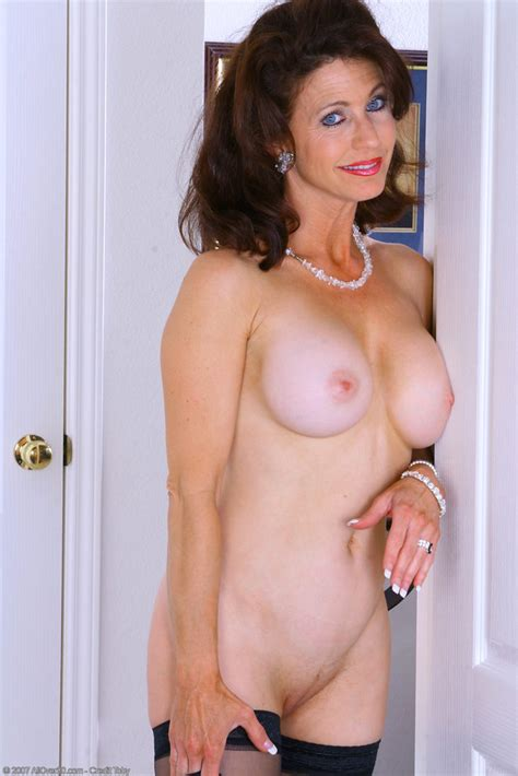 Mature Brunette Cougar Madison With Plump Pussy Wearing