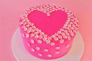 Mod Cakery - Girls Birthday Cakes - Blossoms Heart