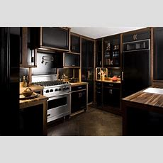20 Black Kitchens That Will Change Your Mind About Using