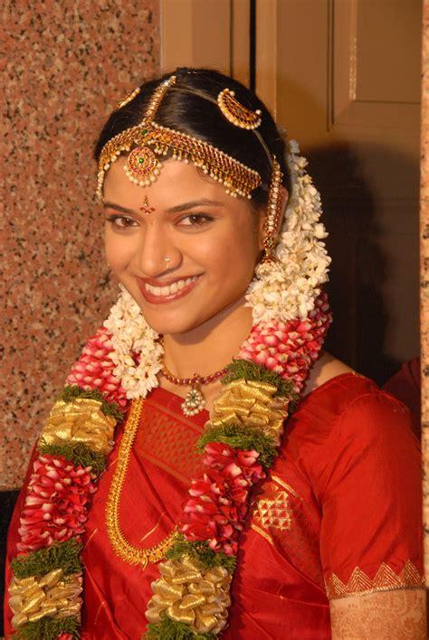 hair accessories for indian wedding indian bridal hair accessories 2011 2 fanzpixx