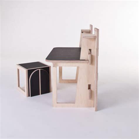 bureau collectif bureau pour enfant forteresse par le collectif at once
