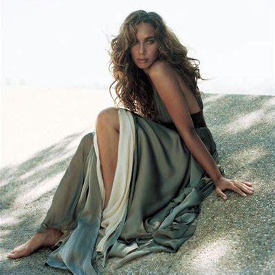 Leona Lewis Best Kept Secret Bunny In