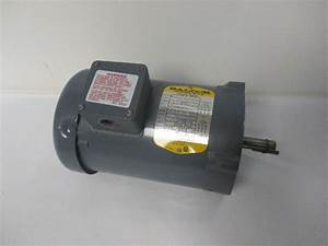 Baldor Km3454 1  4 Hp Electric Motor 208 460v 3ph 1725 Rpm 5  8