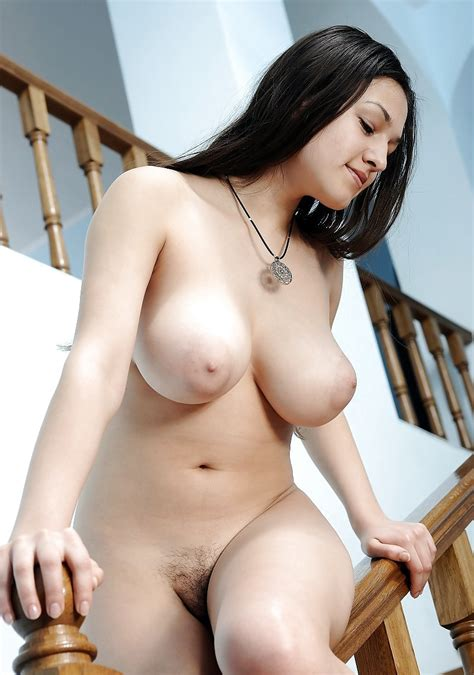 Sexy Natural Curves Pics XHamster