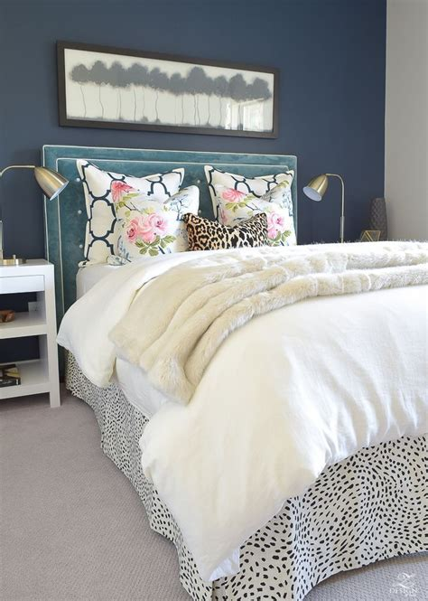 Guest Bedroom Bedding by A Cozy Chic Guest Room Retreat Update Part 1 Home
