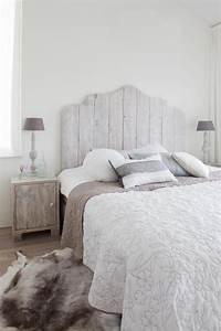 Tete De Lit Nature : 100 id es pour fabriquer une t te de lit en bois qui transformera votre chambre obsigen ~ Teatrodelosmanantiales.com Idées de Décoration