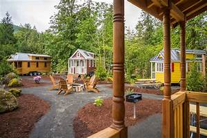Tiny house villages what the mt hood village in portland for Tiny house village