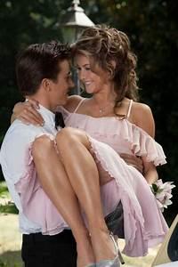 Love her dress...Footloose | 'dat cute dress! | Pinterest ...