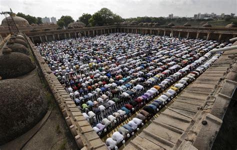 eid al adha    muslims sacrifice animals  time   year ibtimes india