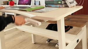 Pengcheng Manual Crank Height Adjustable Sit Stand Desk