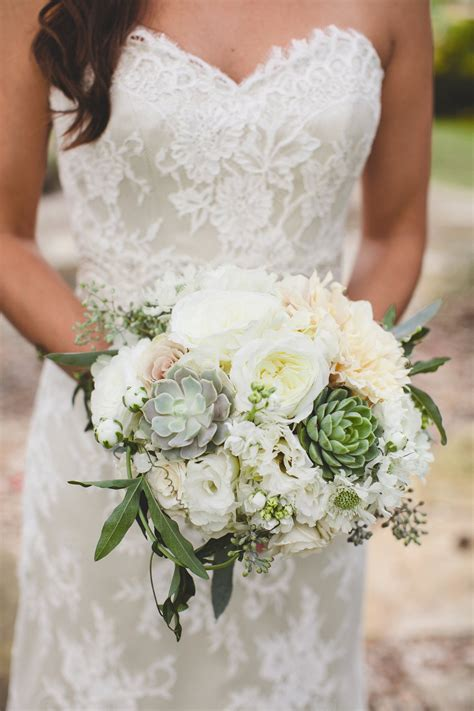 celeste carried a textured bunch of white garden roses
