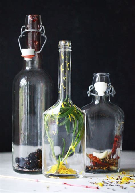 Small Measures: Infused Vinegars ? Design*Sponge