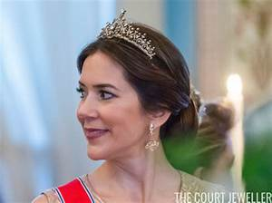 Reader Mailbag: Crown Princess Mary's New Earrings | The ...