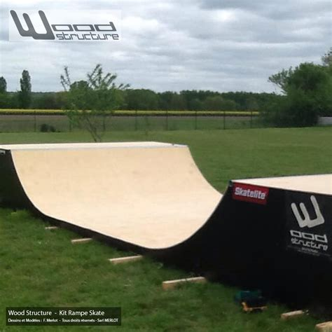 mini rampe skate  design wood structure