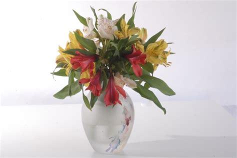 Vase Of Flowers Free Stock Photo