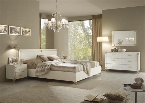 White And Gold Bedroom Ideas Modern