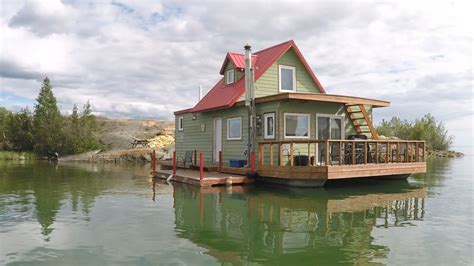 Houseboats Yellowknife by Houseboat Bay Great Lake Yellowknife Nwt